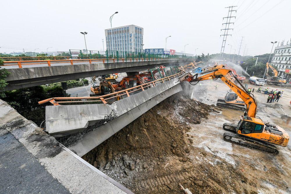 无锡高架桥侧翻事故致3人死亡