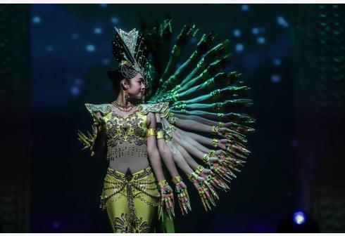 中国残疾人艺术团献艺圣保罗