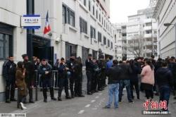 旅法侨界将悼念遭巴黎警察枪杀华人 法国警方批准