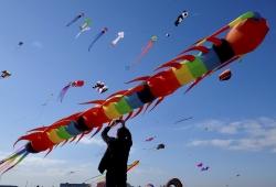 东台西溪国际风筝节开幕