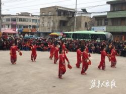 """阜宁县新沟镇 举办庆""""三八""""文艺汇演"""
