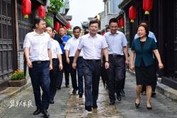 坚持规划引领  强化特色发展 曹路宝到东台调研乡镇规划建设管理工作