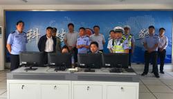 响水县委常委常务副县长刘中连到陈家港检查指导交通安全管理工作