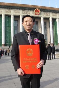 王子纯:三十多年诚信经营、奉献社会的农民企业家