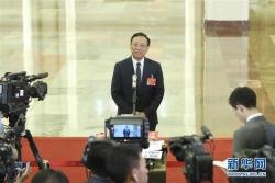 江必新:进一步加大力度纠正冤错案件 让法律成为民营企业的护身符