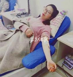 响水受伤群众牵动众人心 志愿者积极献血献爱心