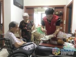 """【暖新闻】常州80后""""小巷总理""""10年培育10家社会组织"""