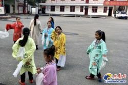 【乡村振兴】青年学子走进徐州马庄村 调研乡村振兴和道德建设经验