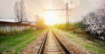 今年铁路暑运拉开帷幕,全国铁路预计发送旅客7.2亿人次