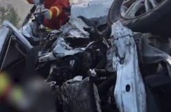 卡车被追尾窜到反向道 京沪高速车祸致6死7伤