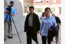 章莹颖父亲回应凶手被判终身监禁且不得保释:不赞同但接受判决结果