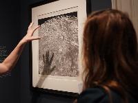 """银色月光下:百年月球影像""""将在华盛顿展出"""