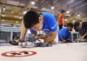 山东:机器人竞赛 头脑大比拼