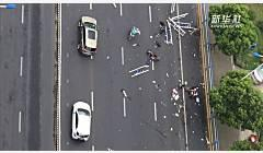 是否因夫妻争吵引发车辆失控?常州警方回应奔驰车祸七大疑点