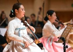 北京:欣赏民族音乐 感受传统文化