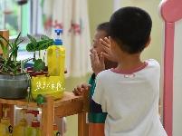 开学首日的幼儿园小班