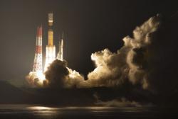 日本H2B火箭發射前發射臺起火