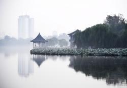"""""""水墨""""大明湖"""