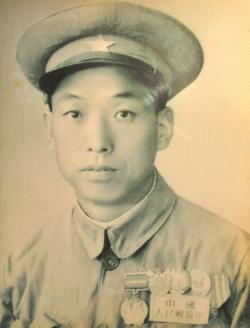 崔魁福:把生命献给党和人民事业的孤胆英雄