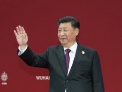 第七届世界军人运动会在武汉隆重开幕 习近平出席开幕式并宣布运动会开幕