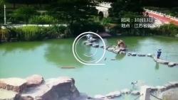 致敬老兵!男孩不慎落入湖中 68岁退伍老兵跳水救人