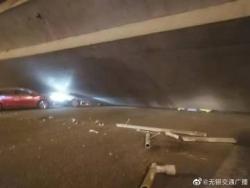 無錫高架橋側翻事故已致3死2傷 初步分析系超載所致