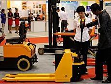 新業態新路徑促先進制造業和現代服務業融合發展