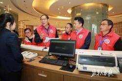 市文明创建巡访团助力商场超市素质提升文明创建