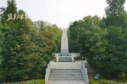 盐报集团大型融媒采访组抵达第二十三站 刘老庄:八十二烈士英勇殉国气吞山河
