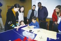 学习剪纸,交流书法,观看歌舞表演…22名留学生感受中国传统文化