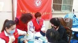 """【德耀盐城】""""亭湖好人""""朱丽进社区做公益帮扶80多位困难群众"""