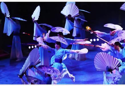第六届中国国际马戏节在广东珠海开幕