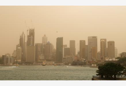 澳新南威尔士州林火逼近悉尼城区