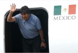莫拉莱斯抵达墨西哥接受政治庇护