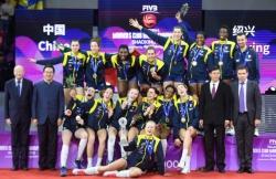 女排世俱杯|科内利亚诺首夺冠 广东恒大获第七