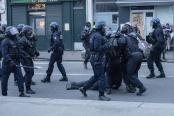 法国全国大罢工持续 严重影响交通