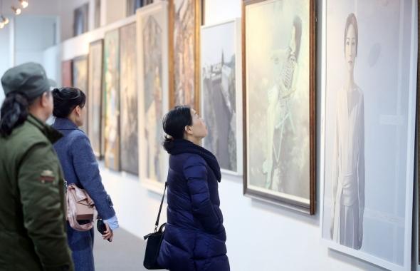 江蘇省第七屆新人美術作品展覽開幕