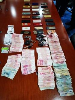 28人被抓!開發區警方搗毀一聚眾賭博窩點