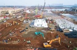 武漢火神山醫院加緊施工