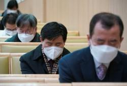 韩国今起检测21万名新天地信徒,预计全国境内将有确诊潮