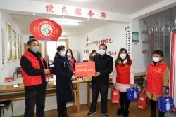 东台镇客籍创业青年捐赠防控物资