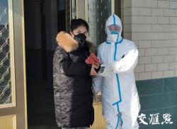 """江苏19万多基层医务工作者: 筑牢基层防疫""""铜墙铁壁"""""""