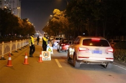 出动警力210余人次查处酒驾26起,东台交警大队强化酒后驾驶整治