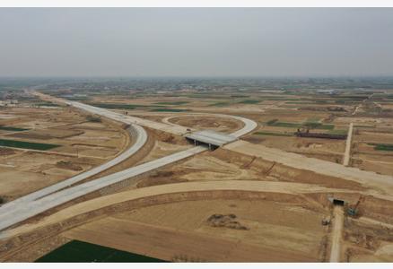 津石高速河北段建设正酣