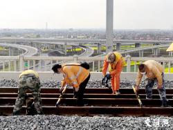 长三角互联互通,今年江苏有3条过江通道4条铁路通车