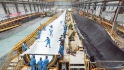 EN161首套葉片在射陽下線,系國內首款批量生產的碳拉擠梁葉片