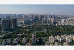 国家发改委:督促城区常住人口300万以下城市全面取消落户限制