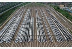 中國鐵路武漢局:8日預計5.5萬余名旅客乘火車離漢