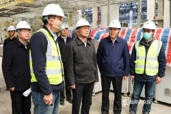 戴源在调研华人运通韩国动力电池等项目时强调 全力以赴加快重大项目建设 确保时序进度早日投产达效