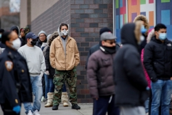 世界问美国 | 美国疫情数据为何矛盾混乱